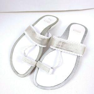 STUART WEITZMAN 10 SANDALS Comfort White Studded